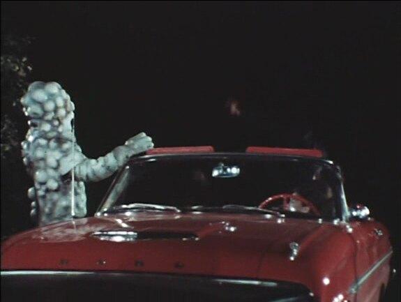 eye-creatures-1965mrhorrorpediaeye_creatures_larry_buchananeye-creatures-1965claws_and_saucer_thumbnail