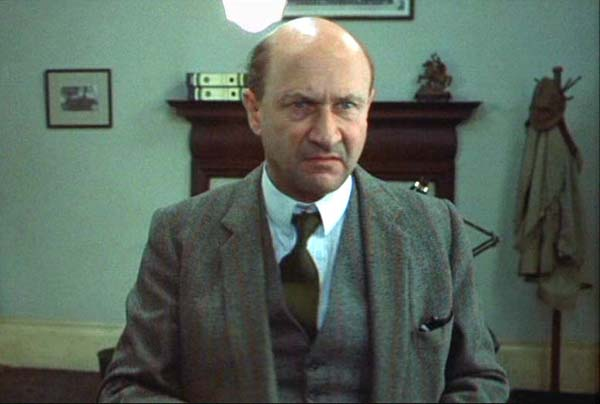 donald pleasence grave