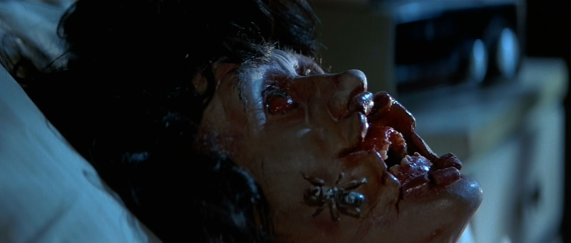 Make up in Halloween III, Season of the witch. This is what it ...