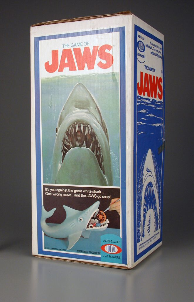 Shark Toys And Games : The game of jaws board horrorpedia