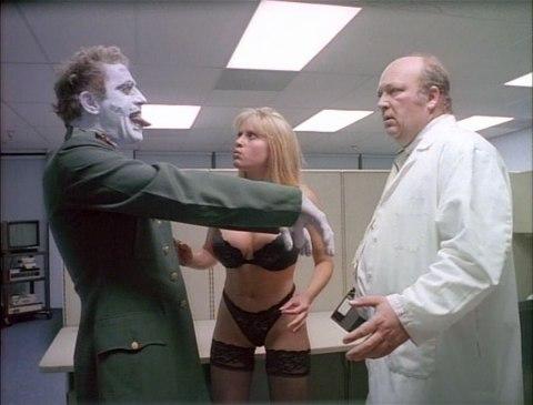 repligator-lingerie-babe-zombie