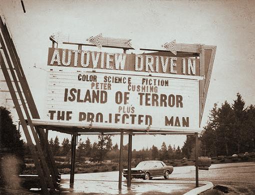 island-of-terror-cushing-marqee