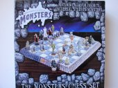 The-Monsters-Chess-Set-Universal-monsters-frontmondozillaThe-Monsters-Chess-Set-Universal-monsters-frontThe-Monsters-Chess-Set-Universal-monsters-backThe-Monsters-Chess-Set-Universal-monsters-playing-piecesUniversal-Monsters-chess-set-Amazon-buy-link