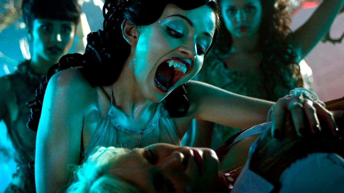 Lesbian vampire porm videos download naked comics