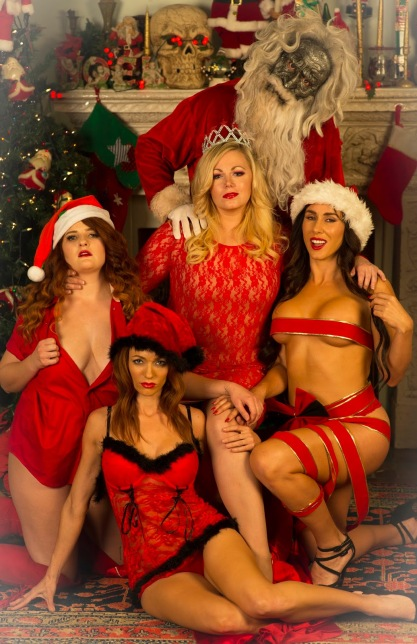 all_through_the_house_natalie_montera-gia_ashley_mary_nunes-rachel_jessica_cameron-sheila_lito_velasco-santa-slayer_joanna_rae-beth_photo_credit_stephen_readmond