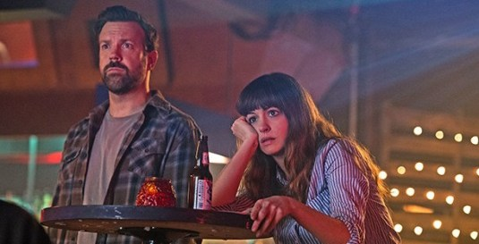Anne Hathaway and Jason Sudeikis in Colossal (2017)