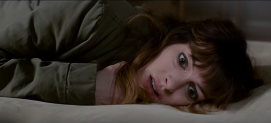 colossal-kaiju-2017-anne-hathaway