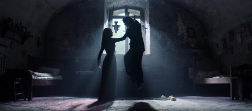 the-crucifixion-2017-xavier-gens-exorcism-horror-film-4