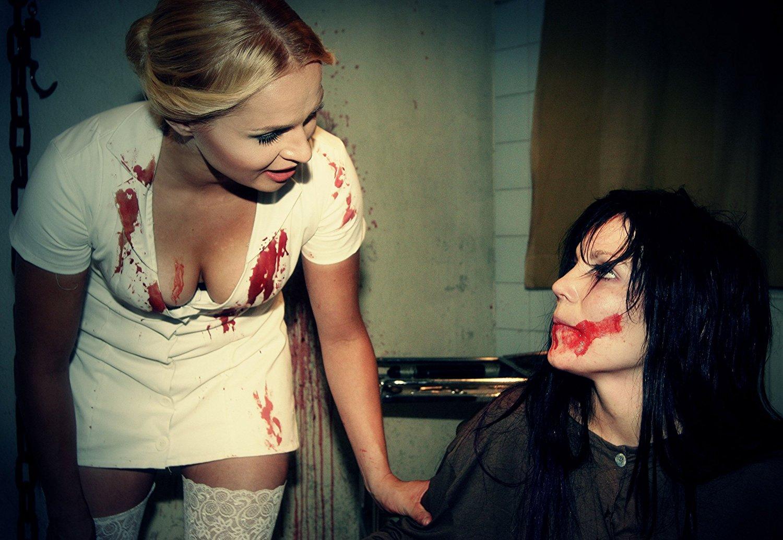 Skeleton-Crew-Chainsaw-Snuff-Massacre-Finnish-horror-2009-sexy-nursemrhorrorpedia
